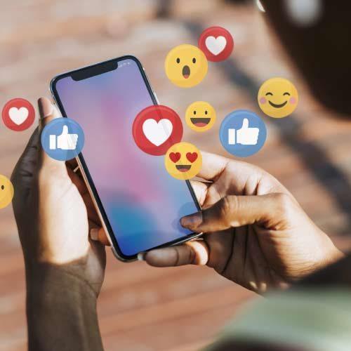 Online marketing. réseaux sociaux-Facebook Instagram en Lozere, Cantal